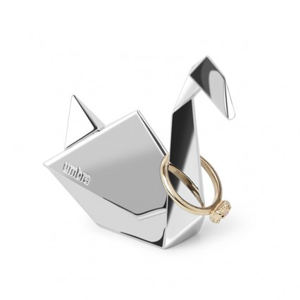 silver-origami-ring-holder